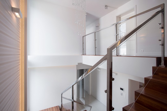 GlassBalustrade